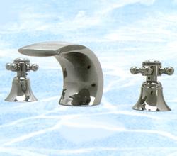 ТИФАНИ смесителна батерия за мивка с перчати ръкохватки