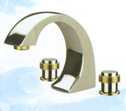 ТИФАНИ смесителна батерия за мивка